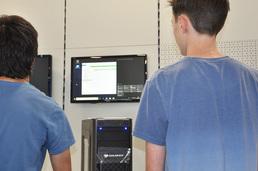 Nach erfolgreicher Inbetriebnahme Deines neuen PCs, führen wir ein paar Tests und Einstellungen durch. Danach kann die Installation des Betriebssystems erfolgen.